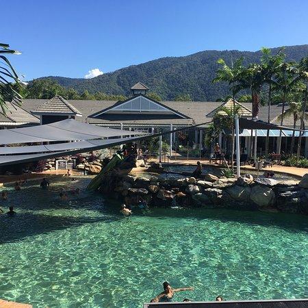 photo0.jpg - Picture of Hotel Grand Chancellor Palm Cove ...