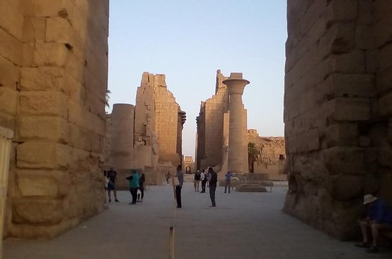 Visiting temples of Karnak and Luxor...