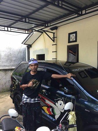 Astroboy Loka Paksa Taxi : Ceremony Tumpek landep,
