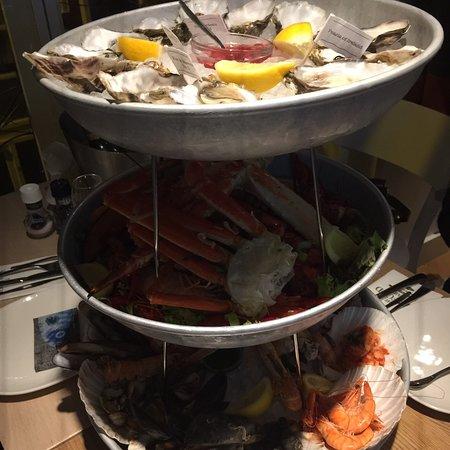 유업에서 찿기 힘든 생선집,Holland Amsterdam THE SEA FOOD.유럽 여행중 풍부하고 싱싱하고 이쁘고 맛 훌륭한 Restaurant.예약 못해서 저녘 8.