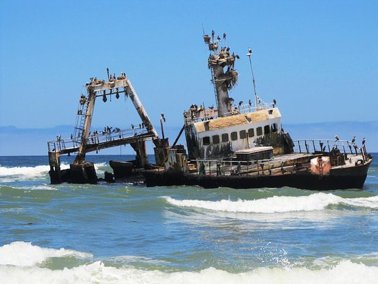 "Hentiesbaai, Namibie : Fishing Trawler ""Zeila"""