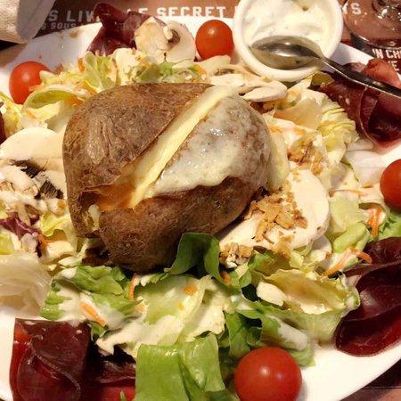 Varennes-Vauzelles, France: Buffalo Grill