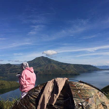Camp on Holbung Hill