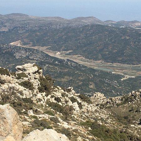 Crete, Greece: Super tolle Tour , immer wieder gerne. Echt lohnenswert. Zeus Höhle und der alte Baum sind Touri