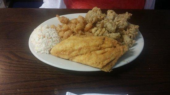 Ella's Restaurant: Small Seafood Platter