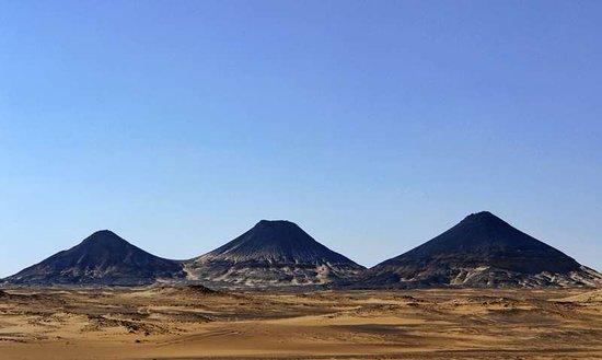 Travel Joy Egypt Tours: black desert