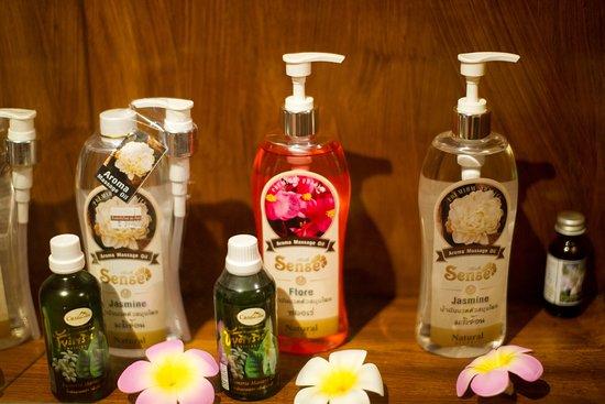 Lakkana Thai Massage Lotions