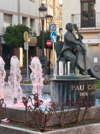 El Vendrell, Espagne : Monumento a Pau Casals
