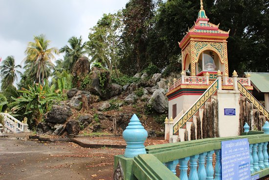Taling Ngam, Thailandia: Wat Khirimat