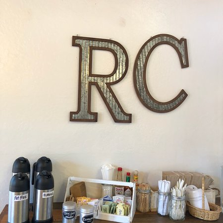 The Sea Ranch, Californië: Hours, breakfast menu and a cute logo at The Ranch Cafe