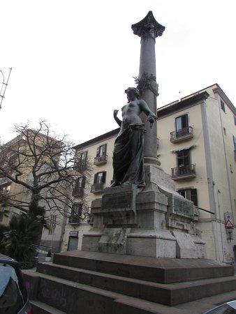 Monumento ai Martiri Politici di Regione Salernitana MCMXI