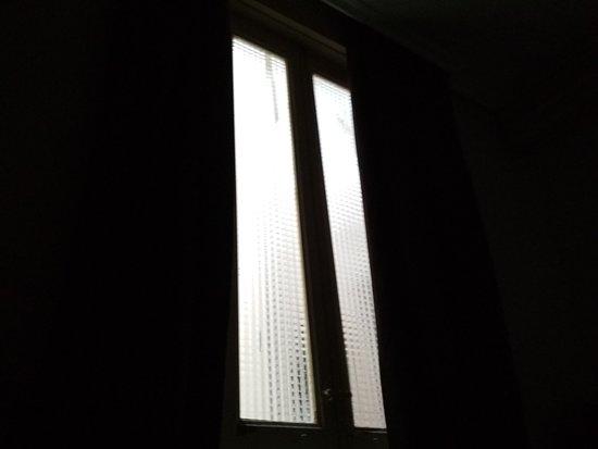 Plaza D'ort: window