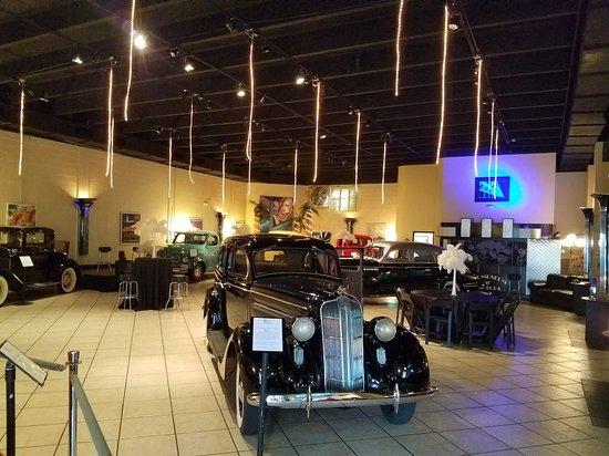 Ragtops Automobile Museum