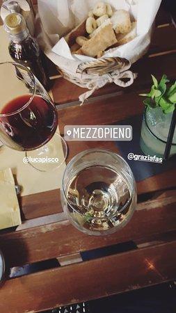 MezzoPieno Photo