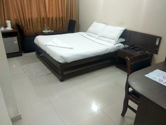 Interior - Picture of JK Rooms 108 Hotel Royal Regency, Nagpur - Tripadvisor