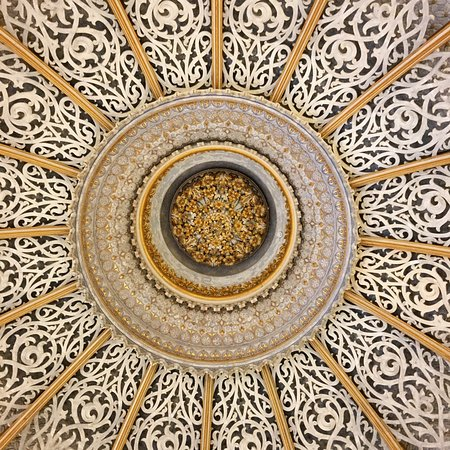 Shortcuts Tourism: Monserrate ceiling(you can see what a jewel this is)