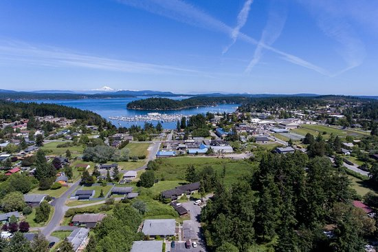 Hillside House Bed and Breakfast: Aerial View of Friday Harbor