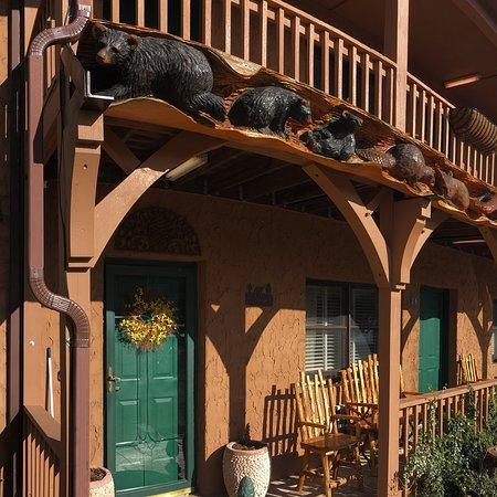 Hemlock Inn: photo0.jpg