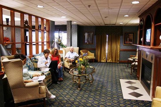 Williamston, NC: Lobby