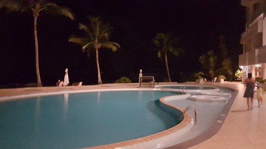 Great sea-facing hotel!