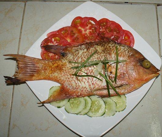 Santa Cruz del Norte, Küba: Pescado Entero Frito