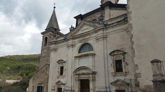 Popoli, อิตาลี: Chiesa della Santissima Trinita