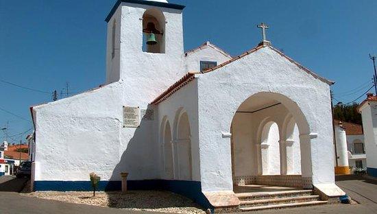Igreja Paroquial de São Tiago de Rio de Moinhos