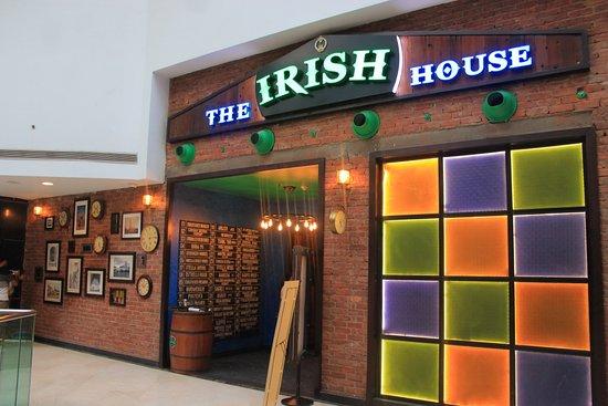 The Irish House: Ambiance