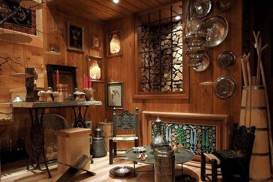 Divanis Gallery
