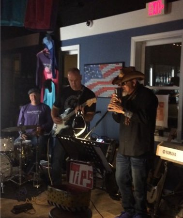 Beerthirty: Live music every Friday