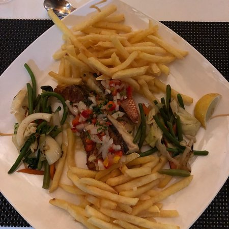 Top 5 restaurants in Ile Des Pins, New Caledonia