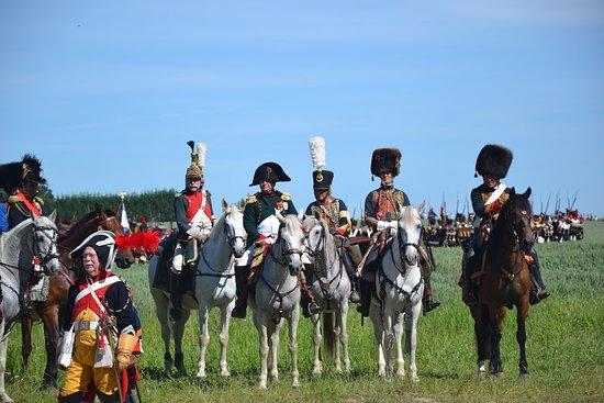 Ligny, Belgia: Napoléon et son EM lors d'une reconstitution qui a lieu en juin chaque année