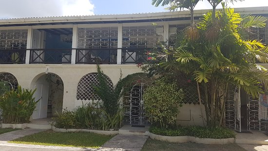 Lower Carlton, Barbados: should be the villa. This are 6 appartments