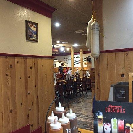 Foto de Famous Dave's Bar-B-Que