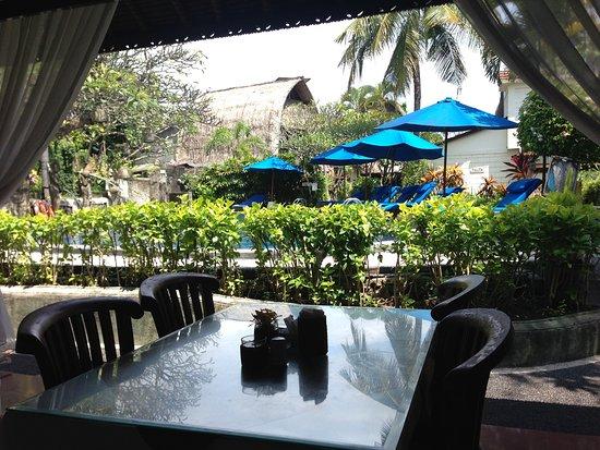 Puri Dewa Bharata Hotel & Villas : View from restaurant