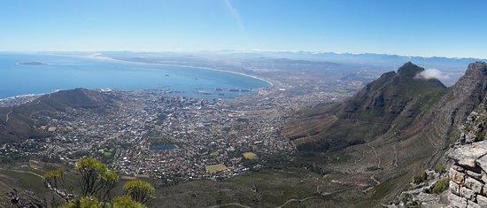 Table Mountain Walks: Semi panorama pic of CT