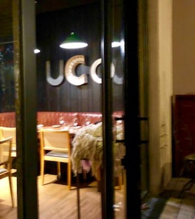 Fierro Hotel Buenos Aires: View into Uco's interior