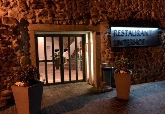 Diessenhofen, Suisse : Eingang zum Restaurant