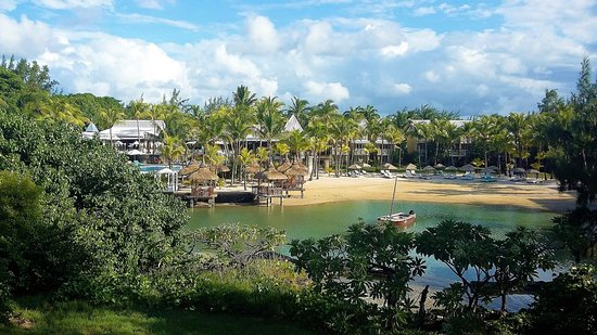Paradise Cove Boutique Hotel: Overlooking Hotel & Beach
