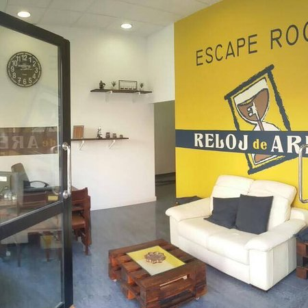 ‪Escape Room Reloj de Arena‬