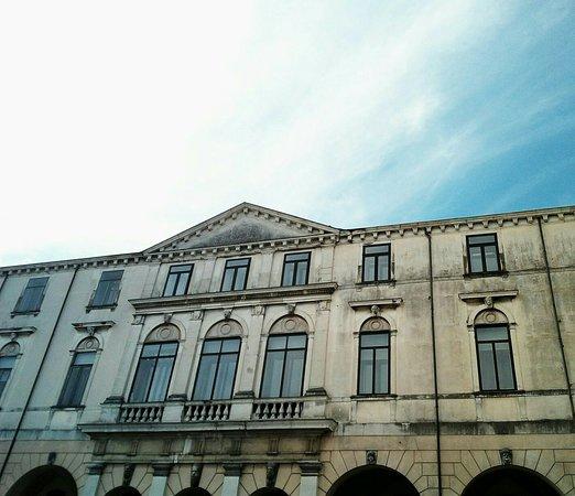 Palazzo Verson (gia Grimani) di Padova