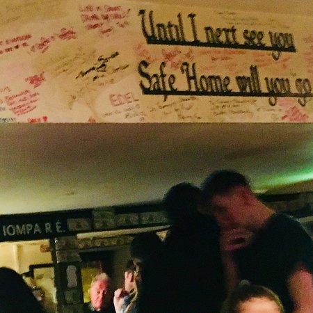 O'Sullivan's Courthouse Pub: photo1.jpg