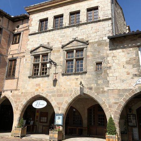 Castelnau-de-Montmiral, Frankreich: photo1.jpg