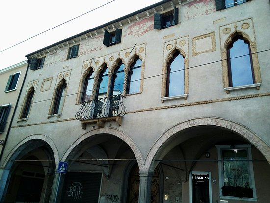 Palazzo Brocadello