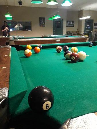 Cue'n Cushion Billiards & Bar