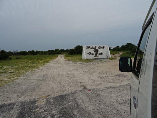 Nata, Botsuana: Entrance sign