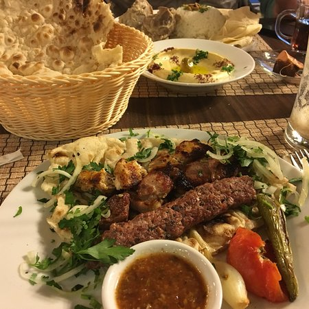 Petra - Wadi Musa Food Guide: 10 Must-Eat Restaurants & Street Food Stalls in Petra - Wadi Musa