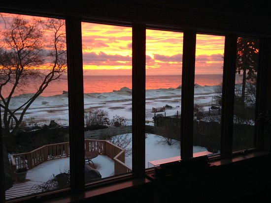Burtchville, MI: Winter sunrise view from Toy Box room.