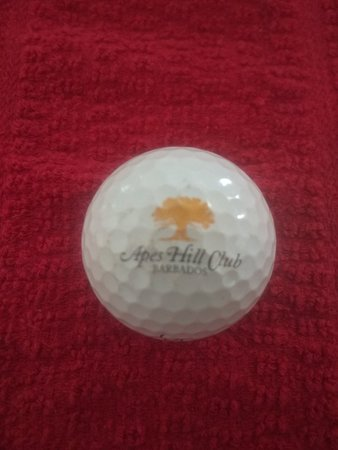 Orange Hill, Barbade: Top class golf balls, to go with a top class golf course.