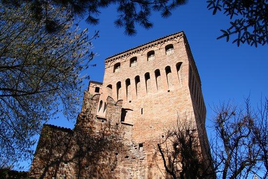 Castello di Formigine: torre